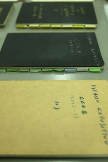 http://www.ajggallery.com/files/gimgs/58_cuadernos-mesa.jpg